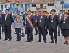 CEREMONIA DE IZAMIENTO DEL PABELLÓN NACIONAL Y TAHUANTINSUYO POR INICIO DEL MES DE FEBRERO.