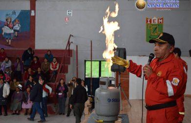 TALLER CON LAS COMERCIANTES DE MERCADOS