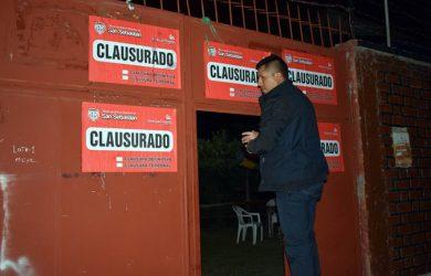 CLAUSURAN UNA DISCOTECA Y UN BAR CHICHERÍA