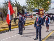 IZAMIENTO DEL PABELLÓN NACIONAL Y BANDERA DEL TAHUANTINSUYO